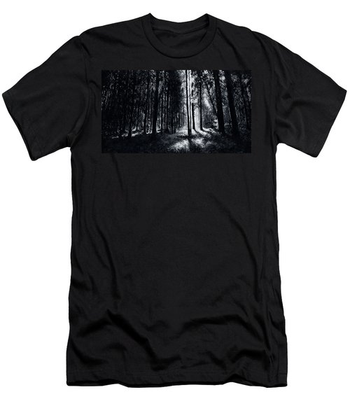 In The Woods 6 Men's T-Shirt (Athletic Fit)