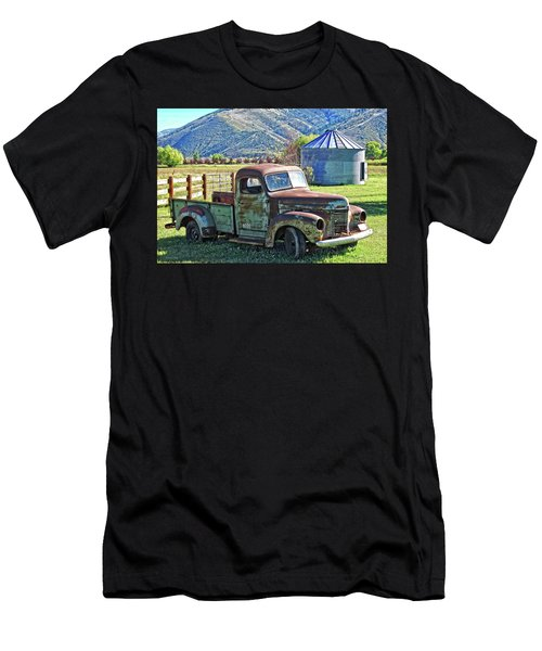 International Farm Men's T-Shirt (Athletic Fit)