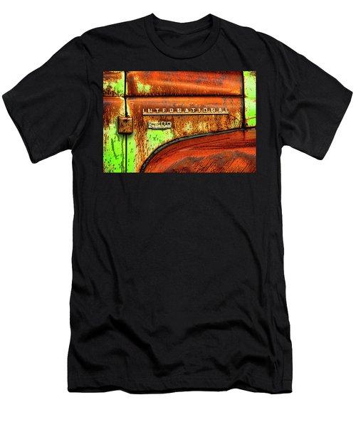 International Mcintosh  Horz Men's T-Shirt (Athletic Fit)