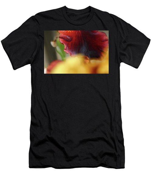 Iris Petals 2 -  Men's T-Shirt (Athletic Fit)