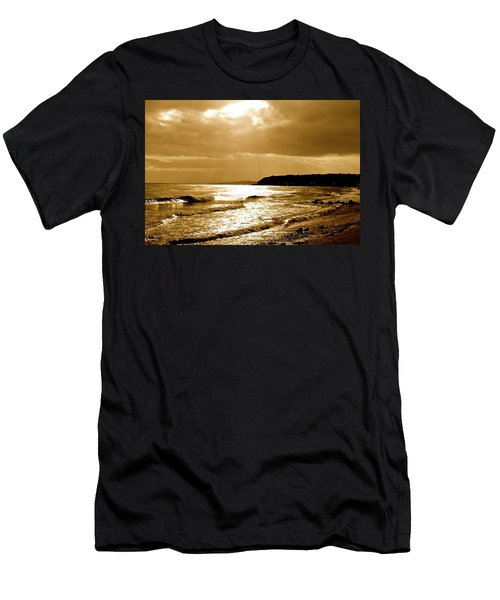 Irish Sea Men's T-Shirt (Athletic Fit)