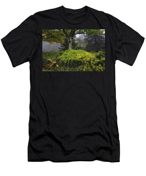 Ivy Garden Men's T-Shirt (Athletic Fit)