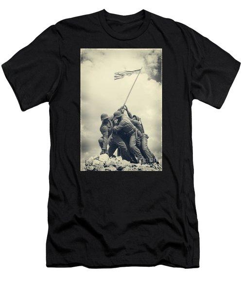 Iwo Jima Monument Men's T-Shirt (Athletic Fit)