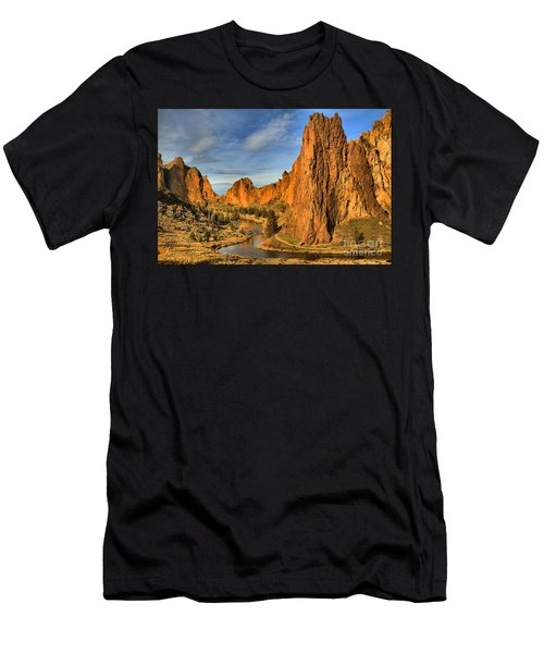 Jagged Peaks Over The Crooked River Men's T-Shirt (Athletic Fit)