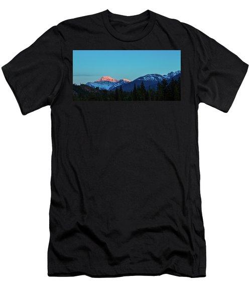 Jasper National Park Men's T-Shirt (Athletic Fit)