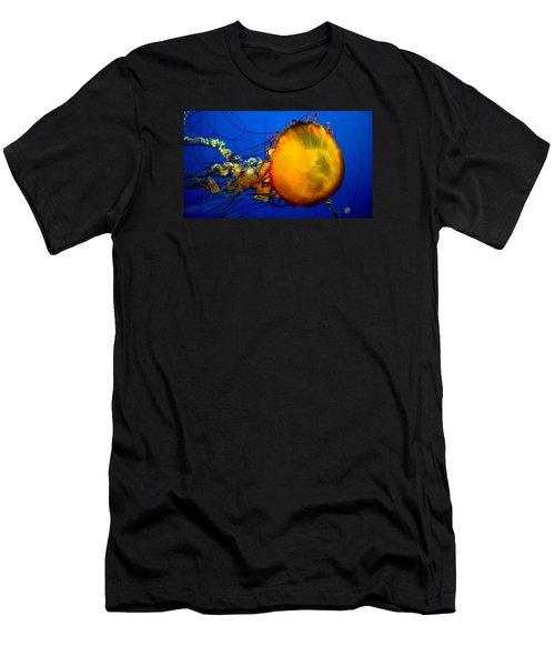 Jellyfish Men's T-Shirt (Slim Fit) by David Gilbert