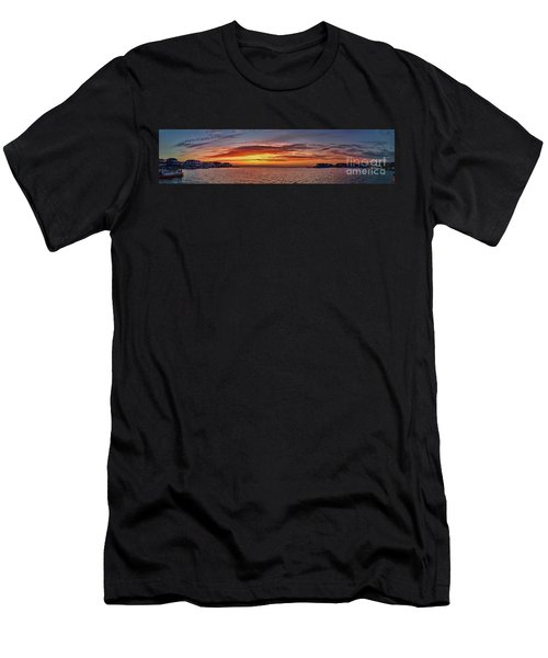 Jersey Shore Panorama Ship Bottom Men's T-Shirt (Athletic Fit)