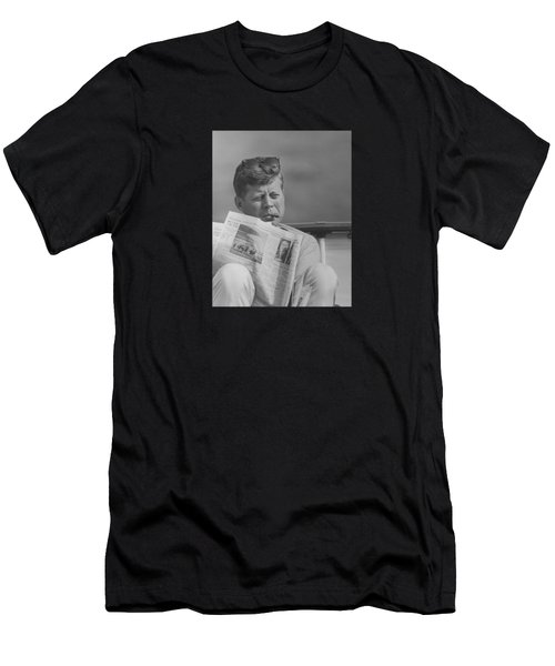 Jfk Relaxing Outside Men's T-Shirt (Athletic Fit)