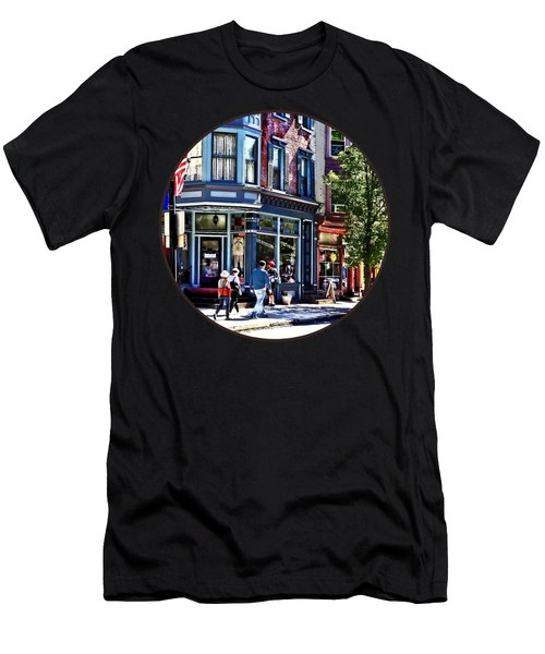 Jim Thorpe Pa - Window Shopping Men's T-Shirt (Athletic Fit)
