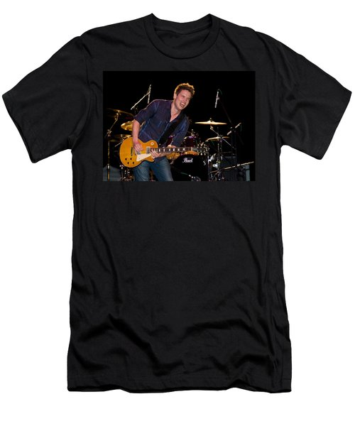 Jonny Lang Rocks His 1958 Les Paul Gibson Guitar Men's T-Shirt (Athletic Fit)