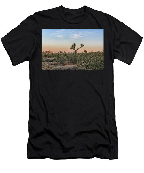 Joshua Tree Evening Men's T-Shirt (Athletic Fit)