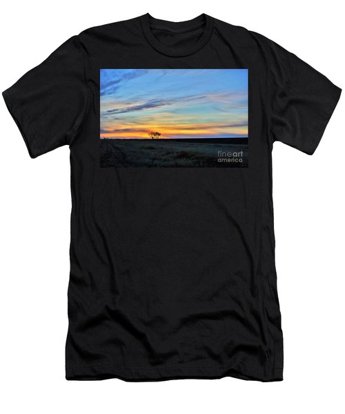 Kansas Sunrise1 Men's T-Shirt (Athletic Fit)