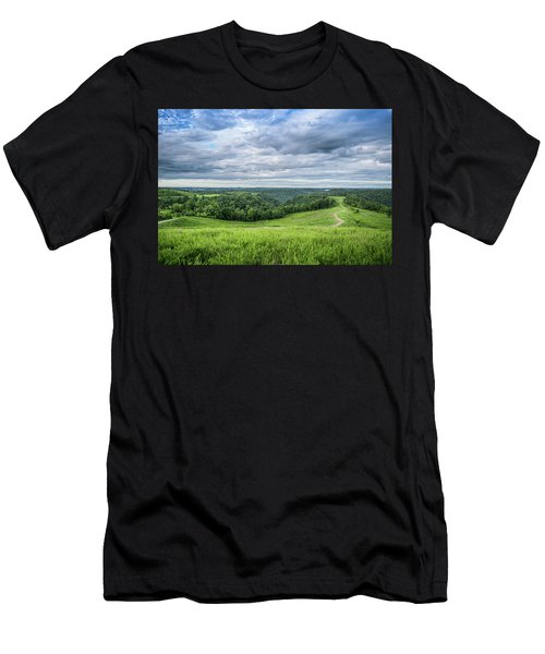 Kentucky Hills And Clouds Men's T-Shirt (Athletic Fit)