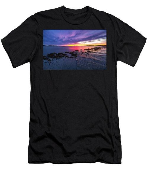 Kettle Cove Men's T-Shirt (Athletic Fit)