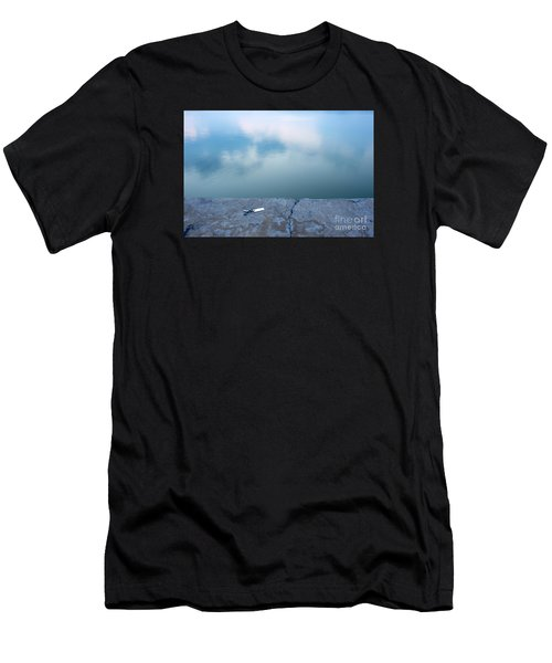 Key On The Lake Shore Men's T-Shirt (Athletic Fit)