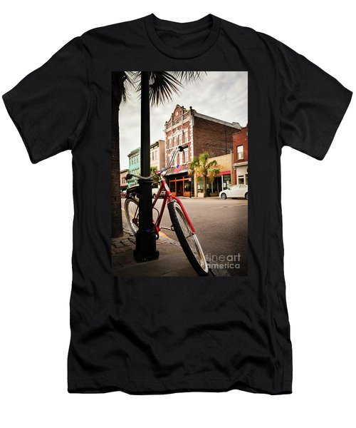 King Street Charleston Sc  -7436 Men's T-Shirt (Athletic Fit)