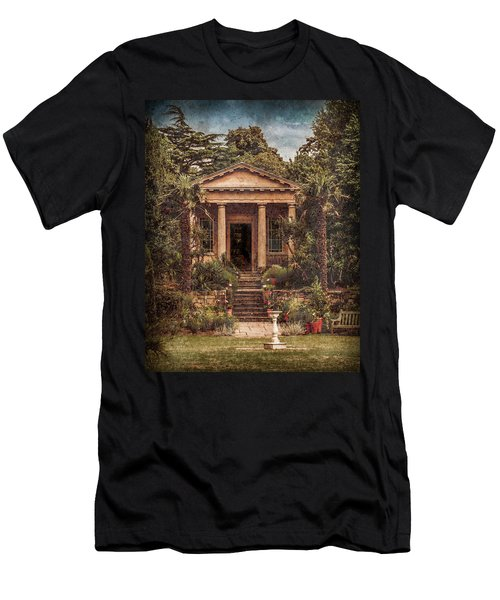 Kew Gardens, England - King William's Temple Men's T-Shirt (Athletic Fit)