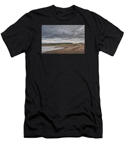 Kingdom Of Fife Men's T-Shirt (Athletic Fit)