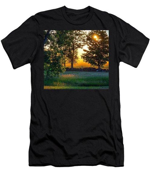 Kingsbury Sunset Men's T-Shirt (Athletic Fit)