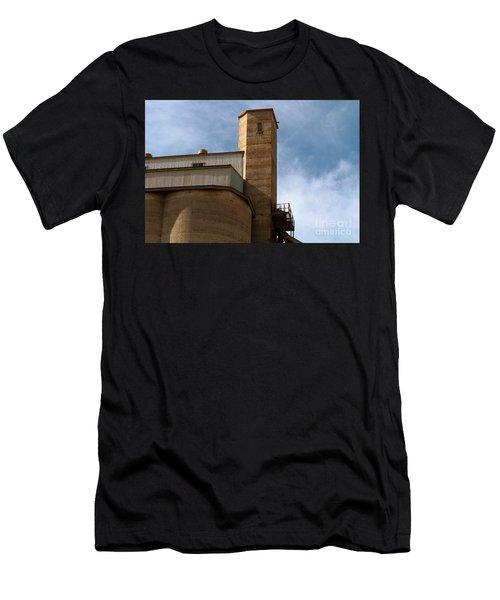 Kingscote Castle Men's T-Shirt (Athletic Fit)