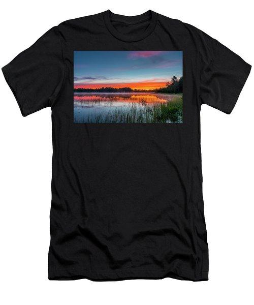 Kingston Lake Sunset Men's T-Shirt (Athletic Fit)
