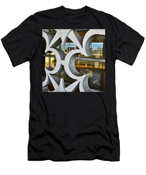Kitsch Urban Details Men's T-Shirt (Athletic Fit)