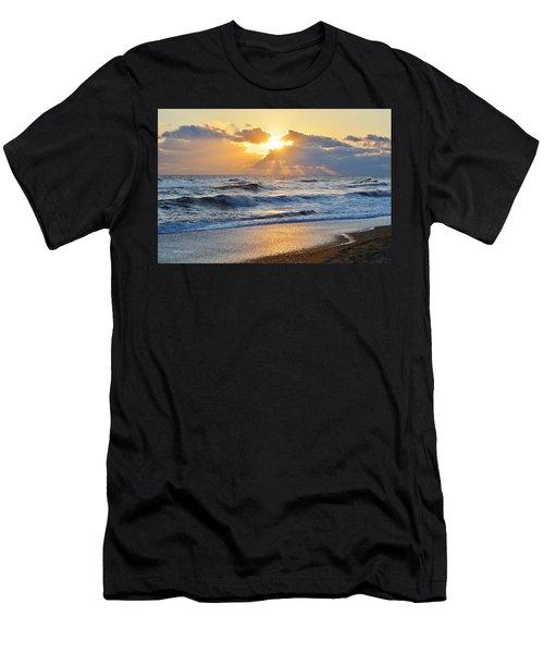 Kitty Hawk Sunrise Men's T-Shirt (Athletic Fit)