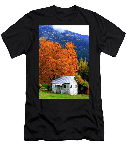 Kootenay Autumn Shed Men's T-Shirt (Athletic Fit)
