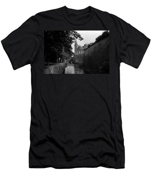 Kronborg Castle Is Hamlets Castle Men's T-Shirt (Athletic Fit)