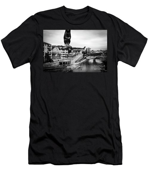 La Plongueuse Over The Midouze River Men's T-Shirt (Slim Fit) by RicardMN Photography