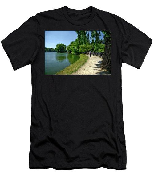 Lac De Genval Men's T-Shirt (Athletic Fit)