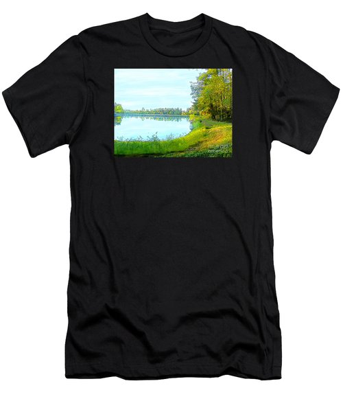 Lake And Woods Men's T-Shirt (Athletic Fit)