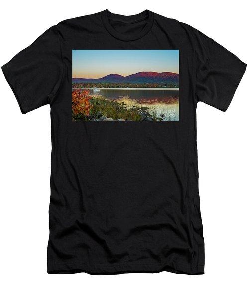 Lake Cruise Men's T-Shirt (Athletic Fit)