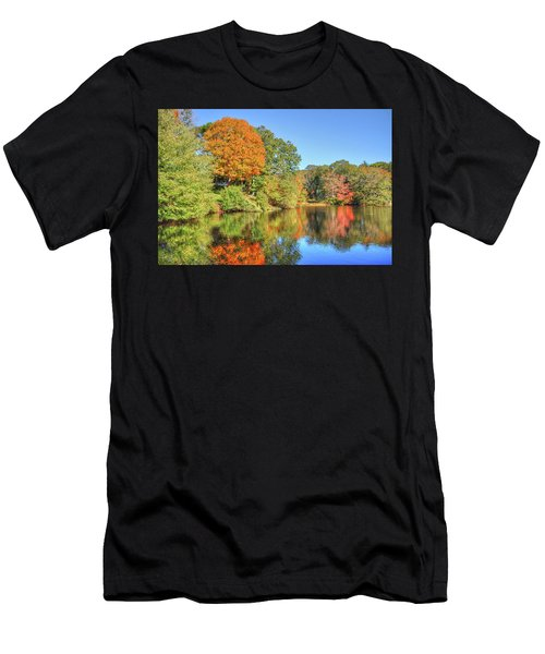 Lake Noquochoke, Dartmouth, Ma Men's T-Shirt (Athletic Fit)