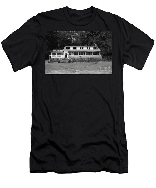 Lake Waramaug Casino Men's T-Shirt (Athletic Fit)