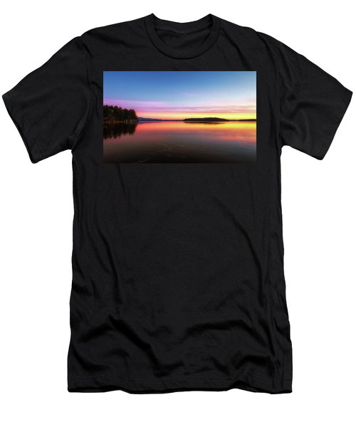 Lake Winnipesaukee Reflections Men's T-Shirt (Athletic Fit)
