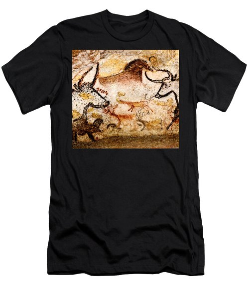 Lascaux Hall Of The Bulls - Deer Between Aurochs Men's T-Shirt (Athletic Fit)