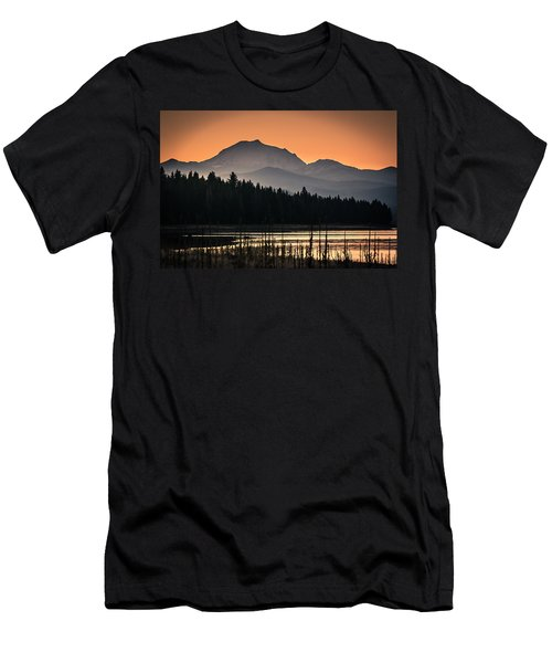 Lassen In Autumn Glory Men's T-Shirt (Athletic Fit)