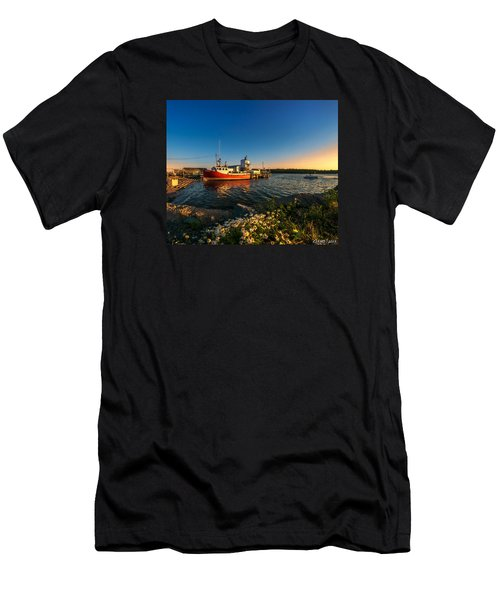 Late In The Day At Fisherman's Cove  Men's T-Shirt (Slim Fit) by Ken Morris