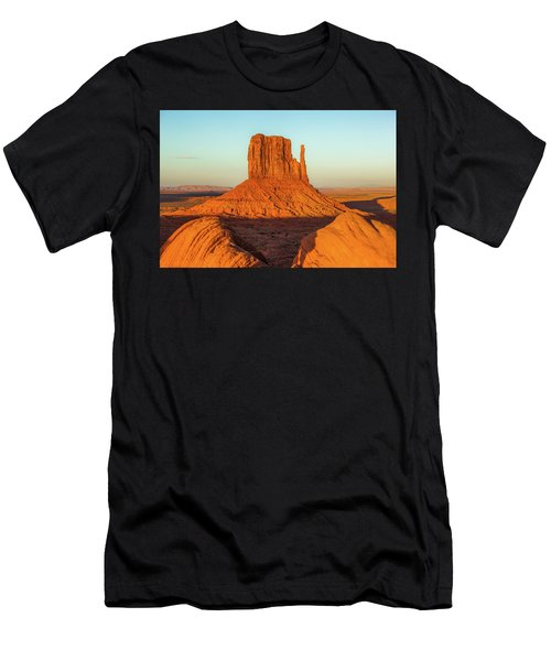 Left Mitten Sunset - Monument Valley Men's T-Shirt (Athletic Fit)