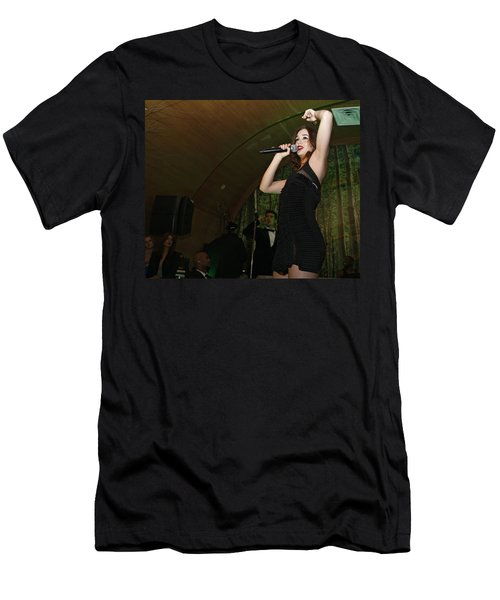 Leighton Meester Men's T-Shirt (Athletic Fit)