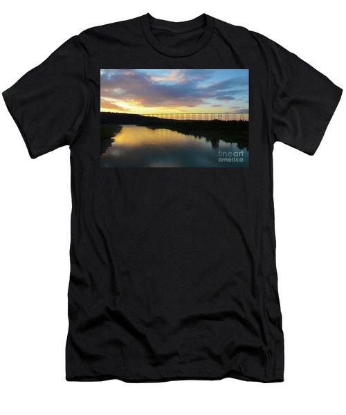 Lethbridge High Level Bridge Men's T-Shirt (Athletic Fit)