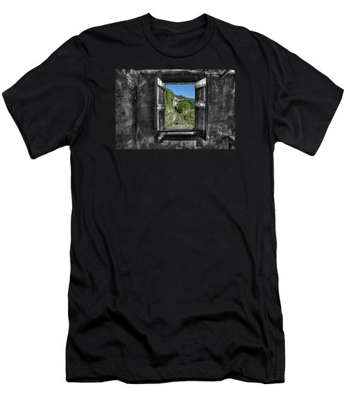 Let's Open The Windows - Apriamo Le Finestre Men's T-Shirt (Athletic Fit)