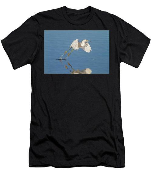Lift Off- Snowy Egret Men's T-Shirt (Athletic Fit)