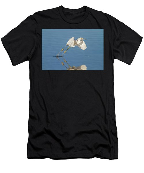 Lift Off- Snowy Egret Men's T-Shirt (Athletic Fit)