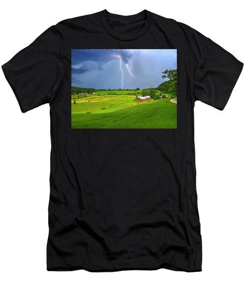 Lightning Storm Over Jenne Farm Men's T-Shirt (Athletic Fit)