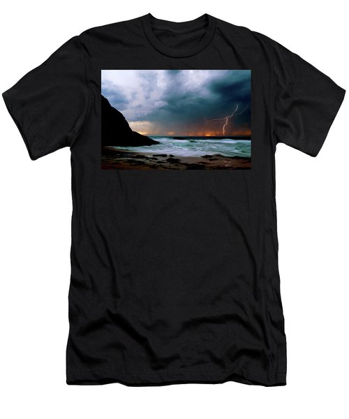 Lightning Strike Off Dana Point California Men's T-Shirt (Athletic Fit)