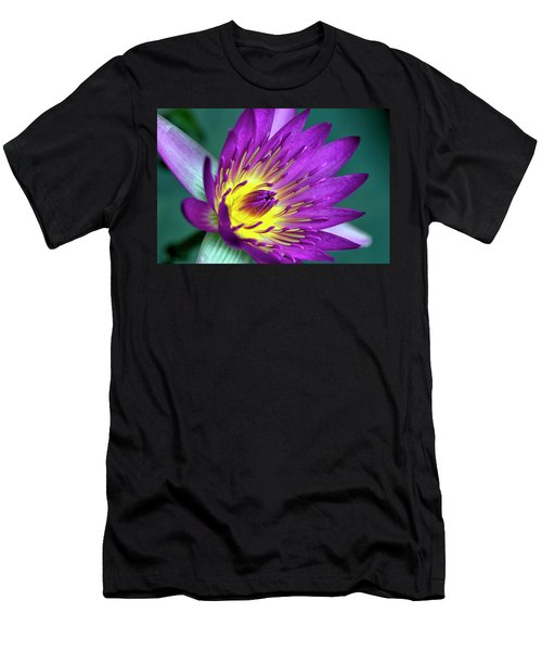 Lily On The Water Men's T-Shirt (Athletic Fit)