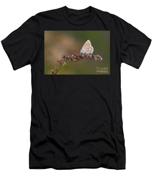 L'immigrant. Men's T-Shirt (Athletic Fit)
