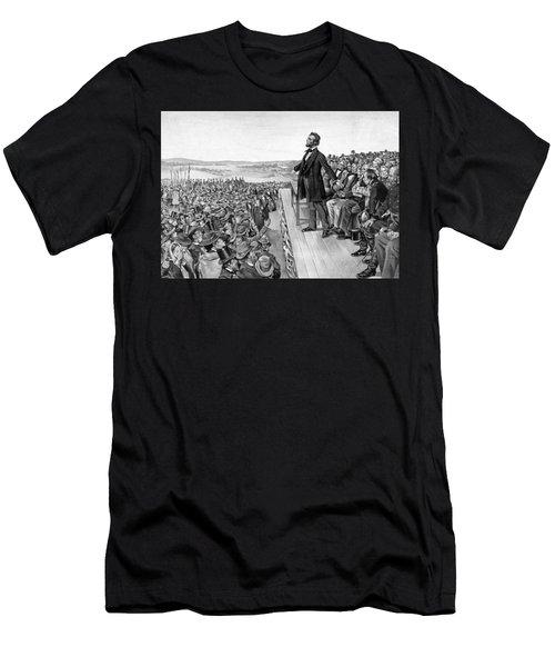 Lincoln Delivering The Gettysburg Address Men's T-Shirt (Athletic Fit)